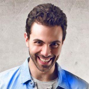 Gesicht eines Mannes, der lächelt